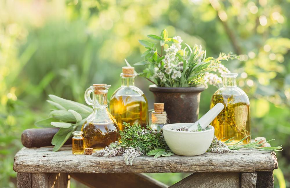 伝統医学とアロマテラピー